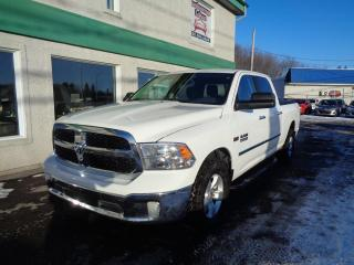 Used 2014 RAM 1500 Cabine multiplaces 4RM, 149 po SLT for sale in St-Jérôme, QC