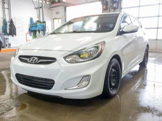 Used 2014 Hyundai Accent GLS BLUETOOTH SIÈGES CHAUFFANTS *TOIT OUVRANT* for sale in St-Jérôme, QC