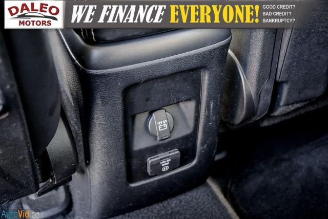 2013 Dodge Journey R/T / BACK UP CAM / HEATED SEATS / LEATHER / PDC Photo16