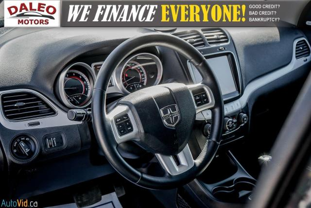 2013 Dodge Journey R/T / BACK UP CAM / HEATED SEATS / LEATHER / PDC Photo18