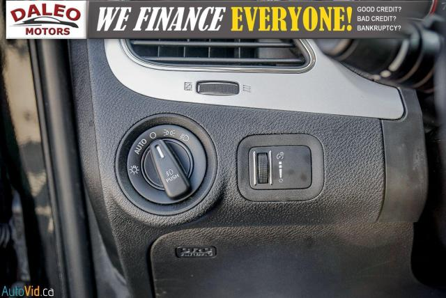 2013 Dodge Journey R/T / BACK UP CAM / HEATED SEATS / LEATHER / PDC Photo19