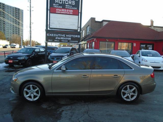 2009 Audi A4 QUATTRO / LOW KM / LEATHER / ROOF / ALLOYS / 6SPD