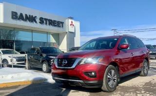 Used 2017 Nissan Pathfinder SL for sale in Gloucester, ON
