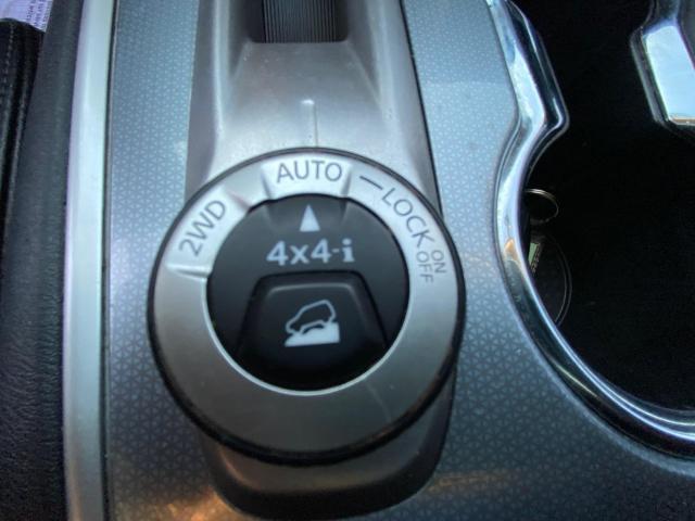 2017 Nissan Pathfinder SL 4X4 NAVIGATION/360 CAMERA/PANORAMIC ROOF Photo11