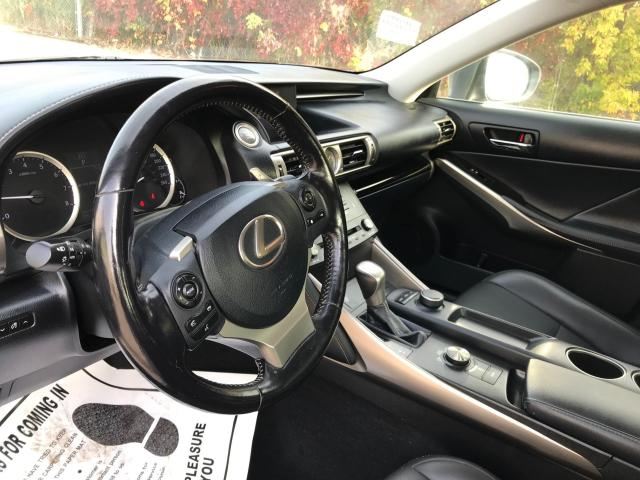 2016 Lexus IS 300 AWD LEATHER/SUNROOF/PUSH TO START Photo15