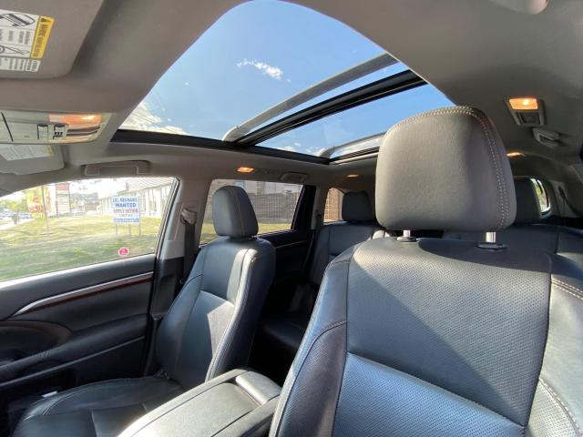 2016 Toyota Highlander LIMITED AWD NAVIGATION/PANORAMIC ROOF/LEATHER Photo10