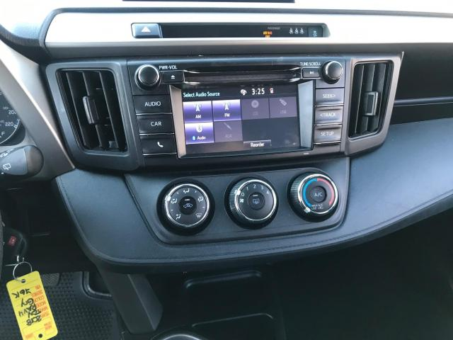 2018 Toyota RAV4 LE REAR VIEW CAMERA/LANE DEPARTURE/76K! Photo16
