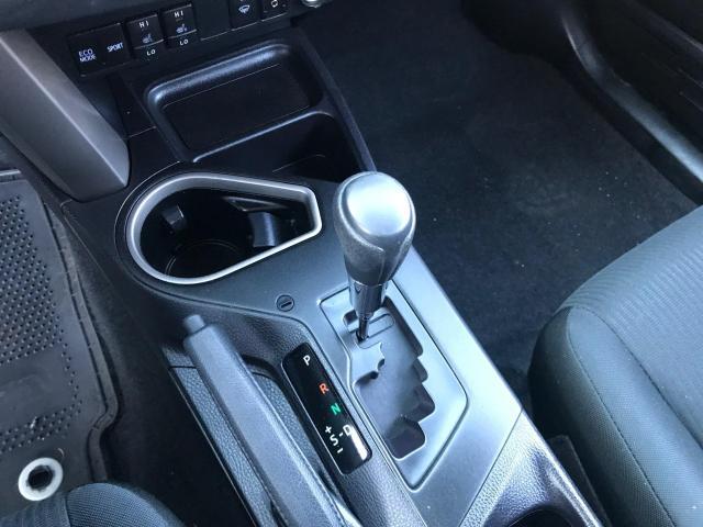 2018 Toyota RAV4 LE REAR VIEW CAMERA/LANE DEPARTURE/76K! Photo17