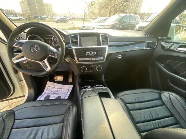 2013 Mercedes-Benz ML-Class ML 63 AMG NAVIGATION/PANORAMIC ROOF/LEATHER Photo11