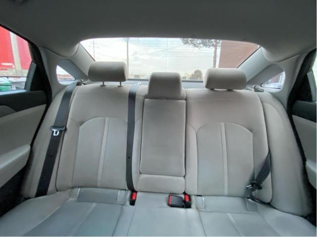 2015 Hyundai Sonata 2.4L GL /Rear View Camera Photo12