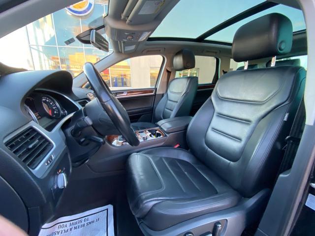 2013 Volkswagen Touareg HIGHLINE V6 NAVIGATION/REAR CAMERA/PUSH TO START Photo14