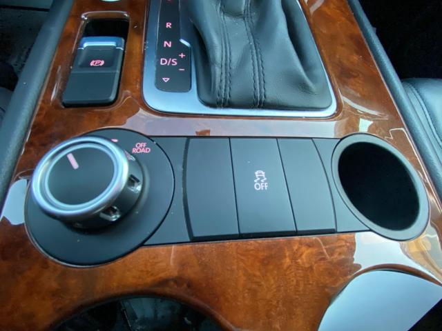 2013 Volkswagen Touareg HIGHLINE V6 NAVIGATION/REAR CAMERA/PUSH TO START Photo15