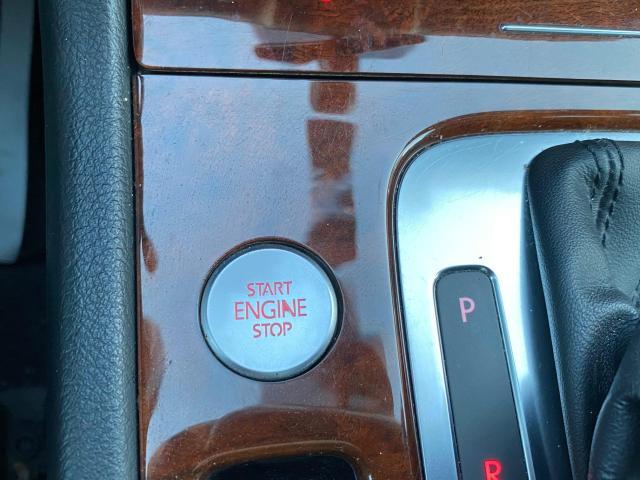 2013 Volkswagen Touareg HIGHLINE V6 NAVIGATION/REAR CAMERA/PUSH TO START Photo16
