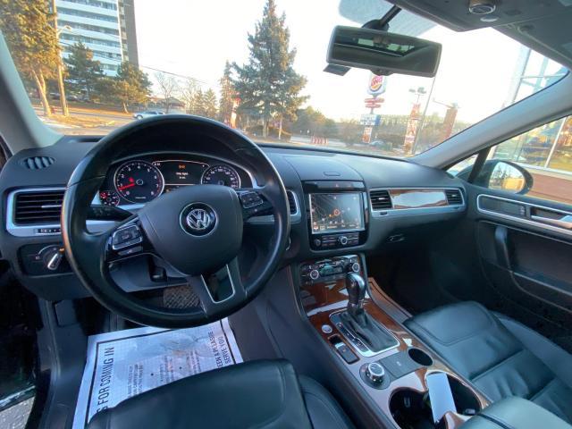2013 Volkswagen Touareg HIGHLINE V6 NAVIGATION/REAR CAMERA/PUSH TO START Photo21