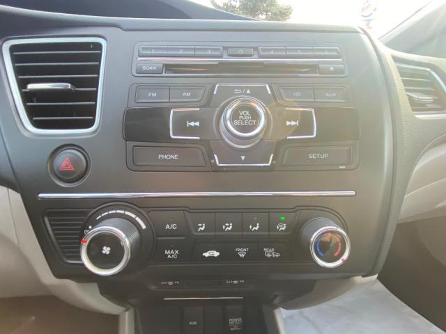2015 Honda Civic Sedan LX HEATED SEATS REAR VIEW CAMERA/MANUAL TRANS Photo12
