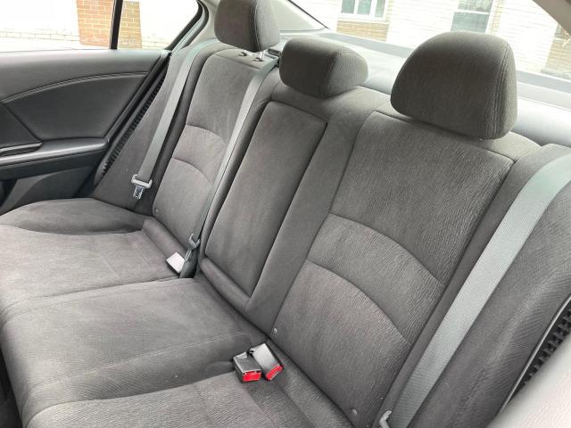2015 Honda Accord Hybrid Rear View Camera/Heated Seats/Push To Start Photo8