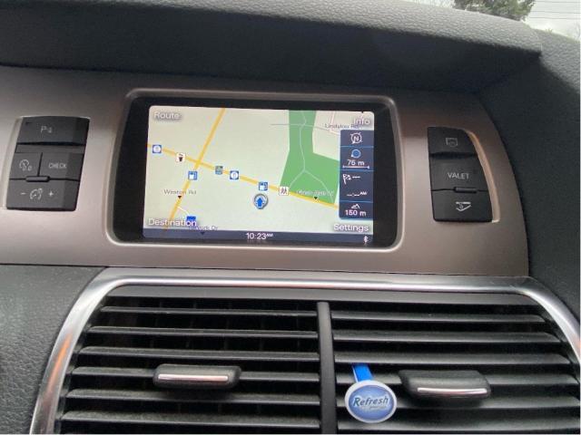 2014 Audi Q7 3.0T Technik Navigation/Pano Roof/7Pass Photo9