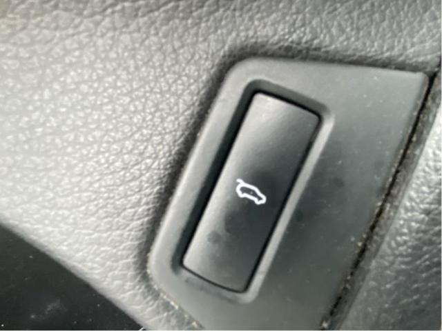 2014 Audi Q7 3.0T Technik Navigation/Pano Roof/7Pass Photo13