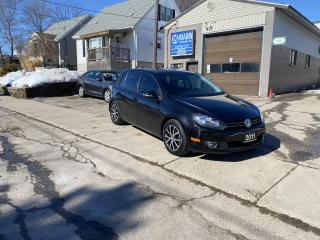 Used 2011 Volkswagen Golf Sportline for sale in Kitchener, ON