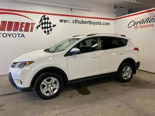 Used 2015 Toyota RAV4 FWD 4dr LE, CAMÉRA DE RECUL for sale in St-Hubert, QC