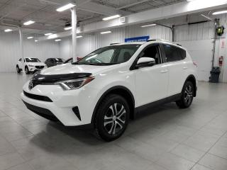 Used 2016 Toyota RAV4 LE - CAMERA + S. CHAUFFANTS + JAMAIS ACCIDENTE !!! for sale in St-Eustache, QC