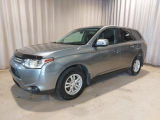 Used 2014 Mitsubishi Outlander 4 portes SE, Traction intégrale (AWC, 4X for sale in Sherbrooke, QC