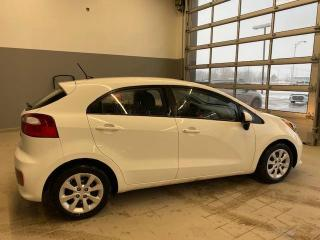 Used 2016 Kia Rio Hayon 5 portes, boîte manuelle, LX for sale in Joliette, QC