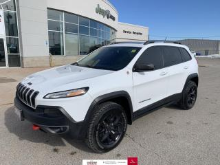 Used 2015 Jeep Cherokee 4WD 4dr Trailhawk for sale in Chatham, ON