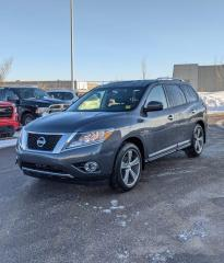 Used 2014 Nissan Pathfinder 4WD Platinum  | $0 DOWN - EVERYONE APPROVED! for sale in Calgary, AB
