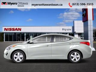 Used 2012 Hyundai Elantra GL  - 	Sunroof -  Heated Seats for sale in Ottawa, ON