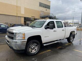 Used 2011 Chevrolet Silverado 2500 2500HD, Crew Cab , 4X4, Auto, Warranty Availble. for sale in Toronto, ON