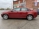 Photo of Red 2011 Volvo S40