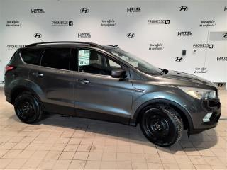 Used 2017 Ford Escape SE AWD ** 1 PROPRIÉAIRE / JAMAIS ACCIDEN for sale in St-Eustache, QC