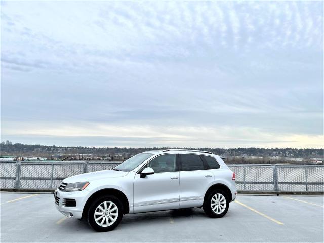2014 Volkswagen Touareg TDI - Leather, Nav, Sunroof - $263 BW $0 DOWN