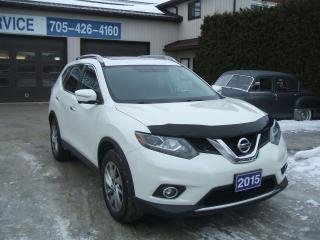 Used 2015 Nissan Rogue SL, AWD, Pano Roof, 6 Way Camera for sale in Beaverton, ON