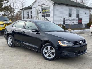 Used 2013 Volkswagen Jetta Sedan 1-Owner No-Accidents 2.5L Comfortline Sunroof Bluetooth for sale in Sutton, ON