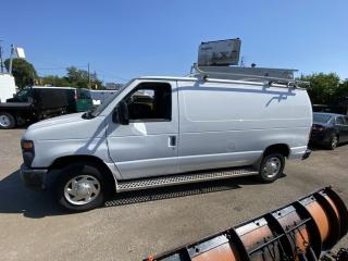 Used 2012 Ford Econoline Cargo Van E-250 for sale in North York, ON
