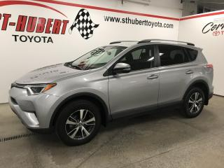 Used 2018 Toyota RAV4 AWD LE, CAMÉRA DE RECUL for sale in St-Hubert, QC