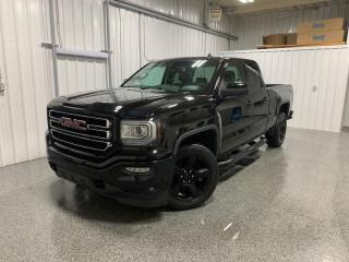 Used 2017 GMC Sierra 1500 Cabine double 4RM 143,5 po for sale in Ste-Brigitte-de-Laval, QC