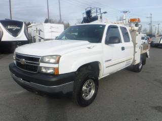 Used 2007 Chevrolet Silverado 2500 HD Flat Deck Crane Ext. Cab 4WD for sale in Burnaby, BC