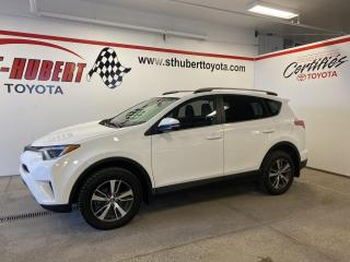 Used 2018 Toyota RAV4 FWD LE, CAMÉRA DE RECUL for sale in St-Hubert, QC