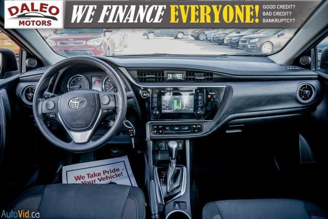 2017 Toyota Corolla LE / HEATED SEATS / LOW KMS / POWER LOCKS & WINDOW Photo12