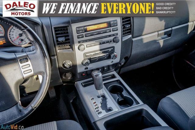2011 Nissan Titan AWD / POWER DRIVER SEAT & WINDOWS / LOW KMS Photo15