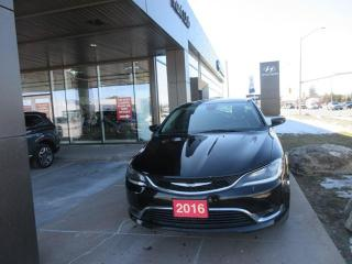Used 2016 Chrysler 200 Limited for sale in Nepean, ON