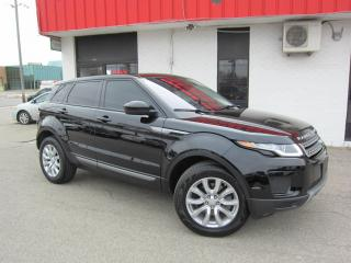 Used 2019 Land Rover Range Rover Evoque SE $39,995+HST+LIC FEE / ALL WHEEL DRIVE / CLEAN CARFAX / PANORAMIC GLASS ROOF for sale in North York, ON