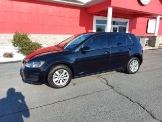 Used 2016 Volkswagen Golf TSI for sale in Cornwall, ON