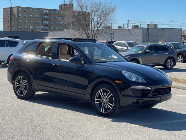 2012 Porsche Cayenne Premium AWD Navigation/Panoramic Sunroof/Camera Photo3