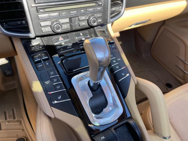 2012 Porsche Cayenne Premium AWD Navigation/Panoramic Sunroof/Camera Photo15