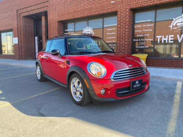 2013 MINI Cooper Super Clean