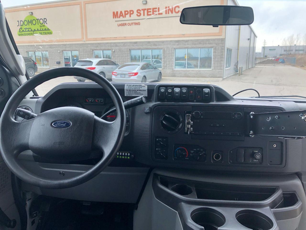 2015 Ford Econoline
